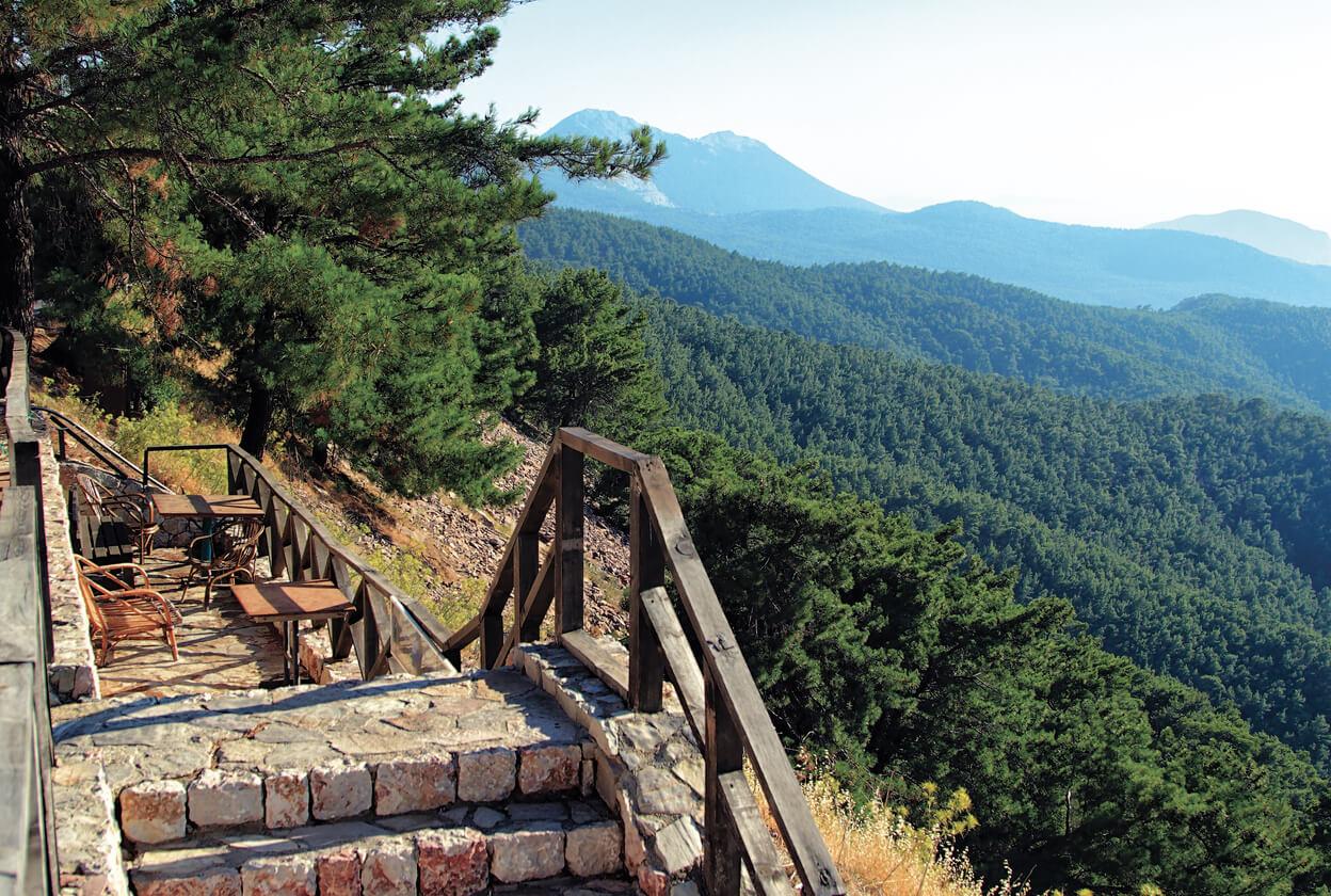 Trekking a Rodi clima e periodo ideale